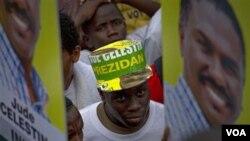 Para pendukung salah seorang kandidat presiden Haiti, Jude Celestin, berkumpul di ibukota Haiti, Port-au-Prince.