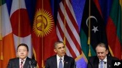 美国总统和蒙古总统2013年9月在一次圆桌会议上