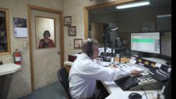 [구석구석 미국 이야기 오디오] 시골 마을의 중고 거래 라디오...양로원의 장학생들