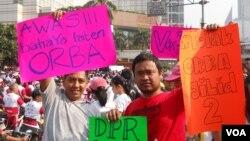 Aksi para netizen atas lahirnya UU Pilkada di Bundaran HI, Jakarta (28/9).