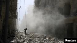 Syria, Russia Bombard Aleppo