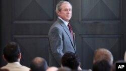 Foto de archivo de George W. Bush tomada en julio de 2013. Este miércoles el exmandatario fue dado de alta en un hospital de Dallas.