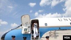 La primera dama Michelle Obama y su hija menor, Sasha llegaron a España.