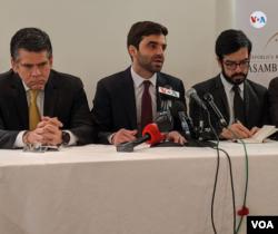 Diputados opositores en el exilio conversaron el lunes 6 de enero de 2020 con la prensa en Washington.