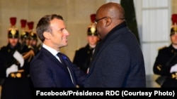 Président Félix Tshisekedi ayambami na mokokani wa ye ya ekolo France Emmanuel Macron na ndako ya bokonzi Elysée, Paris, 11 novembre 2019. (Facebook/Présidecene RDC)