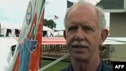 Piloti Sallenberger përpiqet të nxisë interesimin për aviacionin