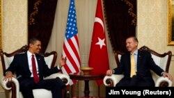 Eski Başkan Barack Obama, 2009 yılında resmi ziyarette bulunduğu Ankara'da dönemin başbakanı Recep Tayyip Erdoğan'la