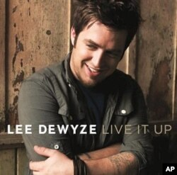 Lee DeWyze's 'Live It Up' CD