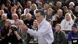 1月4号罗姆尼到新罕普什尔州开展竞选运动