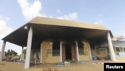 Lãnh sự quán Hoa Kỳ ở Benghazi ngày 12/9/2012, một ngày sau khi bị các phần tử dân quân tấn công
