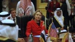 کلینتون می گوید رهبران عرب بدون اصلاحات با افراط گرایی روبرو خواهند شد