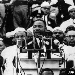 Martin Lyuter King Amerikada adolat uchun kurashgan