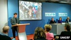 Берлин: Ѓорѓи Личовски ја прими наградата за фотографија на годината на УНИЦЕФ за 2015