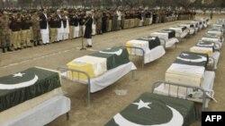 Pakistanda 31 əsgər partlayışın qurbanı olub