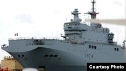 Tàu đa năng Tonnerre là một trong các tàu lớn nhất của hải quân Pháp.