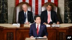 미국을 방문 중인 아베 신조 일본 총리가 29일 미 의회에서 상하원 합동 연설을 했다.