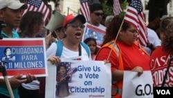 El tiempo se agota para muchos inmigrantes indocumentados que están a la espera de una reforma. A nivel nacional se realizarán más de 80 movilizaciones locales este 5 de octubre.