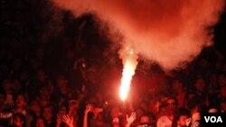 El incidente ocurrió cuando fanáticos del equipo de Cairo, al-Ahly, y el de Port, al-Masry, se enfrentaron al terminar un encuentro.