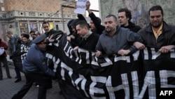 Задержания на Триумфальной 18 октября 2011г.