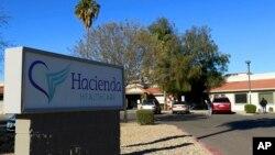 Hacienda HealthCare di kota Phoenix, Arizona di mana seorang perempuan yang dirawat karena koma, melahirkan akhir tahun 2018 lalu (Foto: AP).