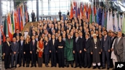 Bonn Conference Offers Few Details for Afghanistan Past 2014
