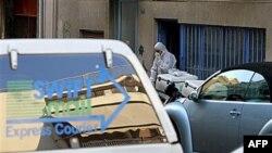 Greqi, dy bomba në zarfa postarë