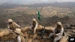 سرحد پر تعینات سعودی فوجی (فائل فوٹو)