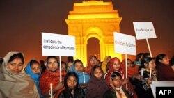 Biểu tình yêu cầu trả tự do cho bác sĩ Binayak Sen