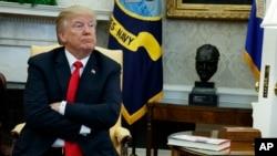 ကန္အစိုးရသံုးေငြ ခြင့္ျပဳခ်က္ဥပေဒ သမၼတ Trump လက္မွတ္ထိုး