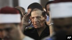 Emekliye sevkedilen Mısır Genelkurmay Başkanı Sami Enan