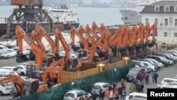 지난 5월 북한 라진항과 러시아 극동 블라디보스토크항을 연결하는 화물여객선 '만경봉호'가 러시아 블라디보스톡 항구에 도착했다.