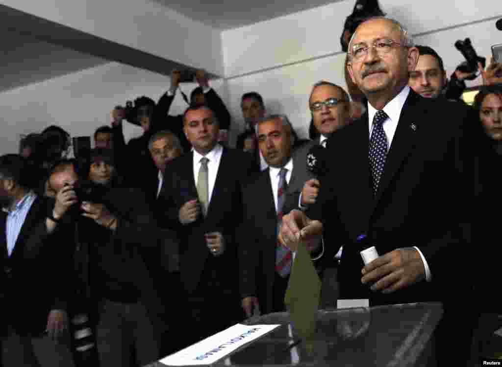 CHP lideri Kemal Kılıçdaroğlu, oyunu Ankara'da kullandı