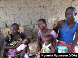 Des réfugiés centrafricains dépendants de l'aide humanitaire à Bétou, au Congo-Brazzaville. (VOA/Ngouela Ngoussou)