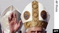 پاپ مردم جمهوری چک را به بازگشت به ریشه های مسیحی شان ترغیب کرد