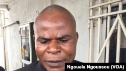 Florent Bazolo, un proche de Paulin Makaya, libéré sans être passé par un procès à Brazzaville, le 11 avril 2018. (VOA/Ngouela Ngoussou)