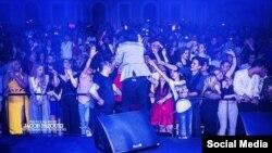 یکی از کنسرتهای برگزار شده در آنتالیا با حضور ایرانیان-نوروز ۱۳۹۵