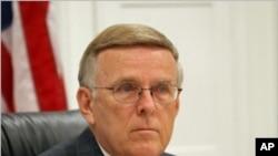 多尔根参议员