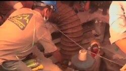 2013-04-28 美國之音視頻新聞: 孟加拉建築物倒塌死亡人數升至350多人