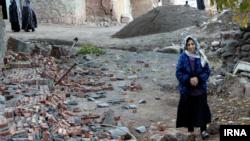 این زمین لرزه باعث تخریب ۵ تا ۷۰ درصدی ۳۷۰ روستا در شهرستان میانه شده است.