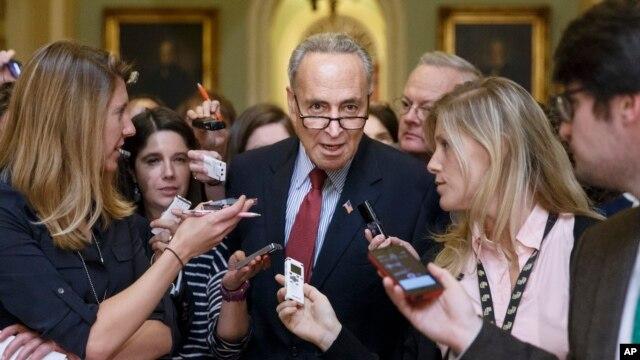 El senador Chuck Schumer, ha tomado distancia dela Casa Blanca en el tema del pacto nuclear con Irán.
