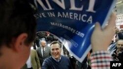 Kandidatët republikanë bëjnë fushatë intensive në New Hampshire