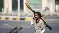 زدخورد نیروهای قدافی و شورشیان در غرب لیبی از سرگرفته شد