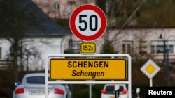 A street sign marks the beginning of Schengen zone, Luxembourg, Jan. 27, 2016. The European Parliament granted Georgia's long-sought privilege to travel to the Schengen zone without obtaining visas.