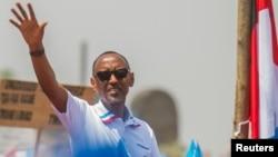 Le président sortant rwandais Paul Kagame, plébiscité par plus de 98% des votants et réélu pour un troisième mandat de sept ans à la tête ; photo prise à Kigali, Rwanda le 2 août 2017.