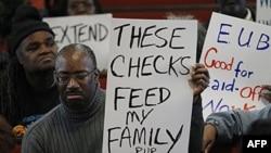 Для багатьох американців допомога з безробіття - єдиний засіб для існування
