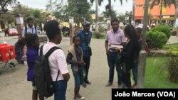 Agentes nas ruas de Benguela