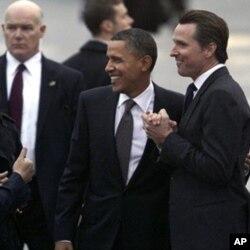 صدر اوباما کا دورہ اویاہو، معیشت پر توجہ
