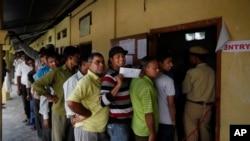 Biračko mesto u Asamu u Indiji, 7. april, 2014.