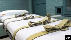 Tháng 7 năm ngoái, Việt Nam đổi hình thức từ xử bắn sang tiêm thuốc độc đối với các tội nhân bị án tử hình