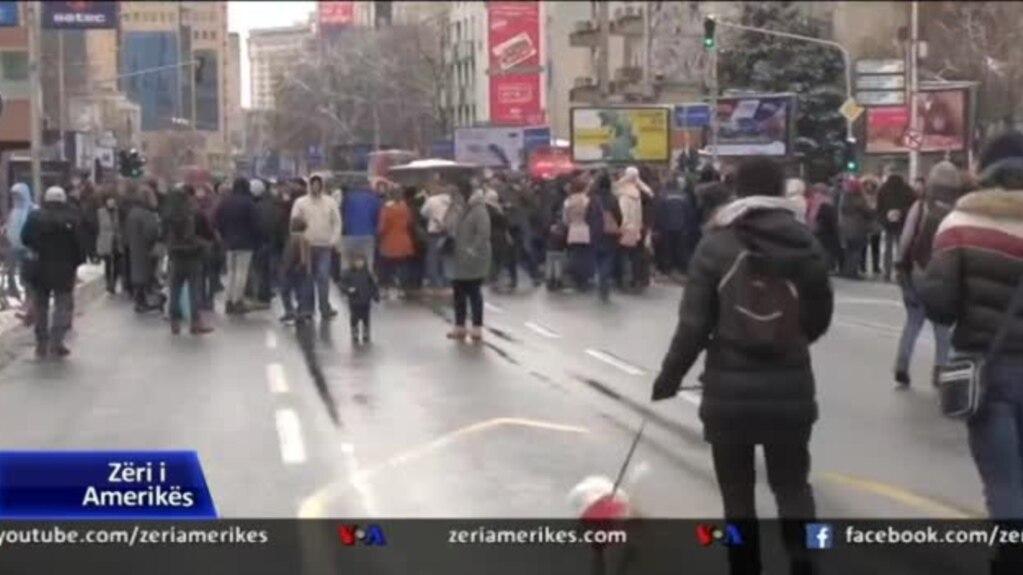 Protestë në Shkup për ndotjen e ajrit